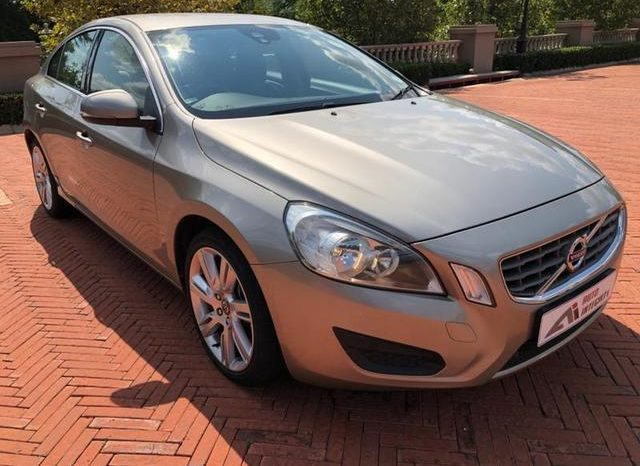 USED 2011 Volvo S60 T6 Essential Geartronic full